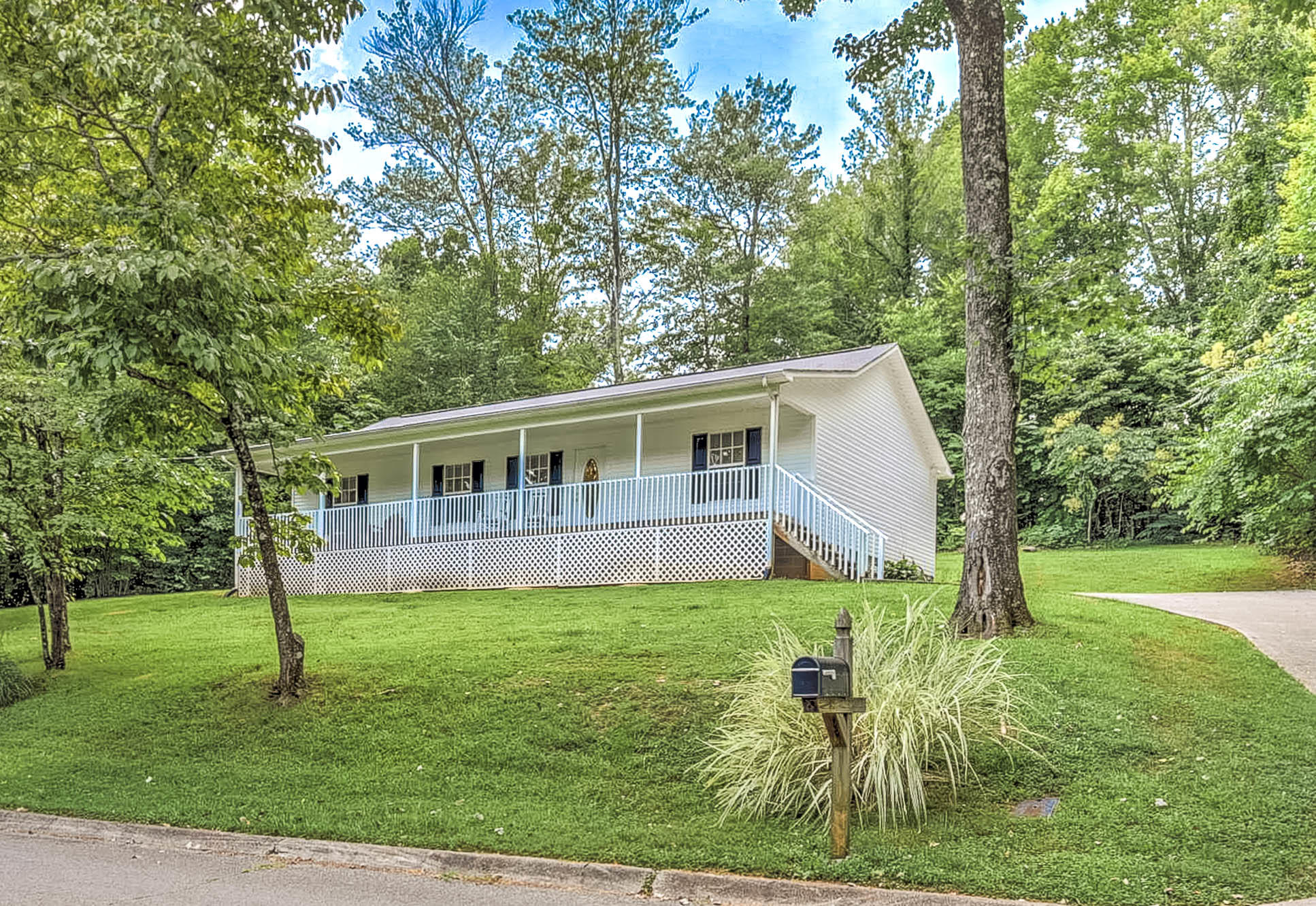 20190803191615301507000000-o Clinton anderson county homes for sale