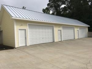 Out side 3 garages