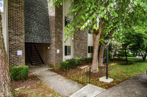 3636 Taliluna Ave, Apt 220, Knoxville, TN 37919