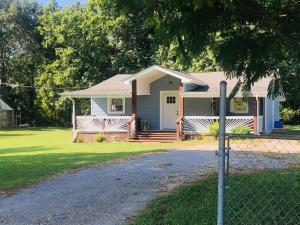 570 Stout Town Rd, Blaine, TN 37709