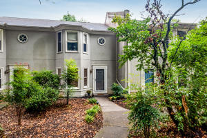 8805 Ashton Court, Knoxville, TN 37923