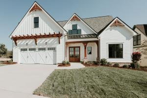 259 Bobcat Run Drive, Loudon, TN 37774
