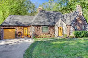 5513 Dogwood Rd, Knoxville, TN 37918