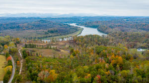 Williams Bend Rd, Knoxville, TN 37932