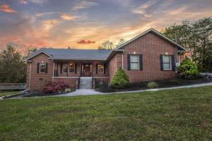 Property for sale at 8895 Ford Rd, Lenoir City,  Tennessee 37772