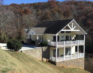 Property for sale at 181 Lakiens Way, Lafollette,  Tennessee 37766