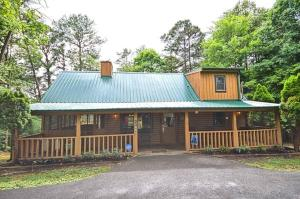 Property for sale at 1765 Blue Ridge Rd, Sevierville,  Tennessee 37876