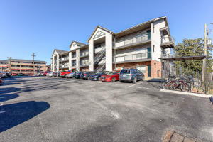 Property for sale at 1201 Laurel Ave Unit 105, Knoxville,  Tennessee 37916