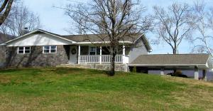 915 Webster Rd, Harriman, TN 37748