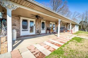 1499 Hodgetown Rd, Rutledge, TN 37861