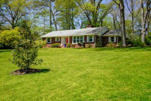 701 Kesterson Rd, Knoxville, TN 37918