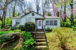 2140 Maplewood Drive, Knoxville, TN 37920