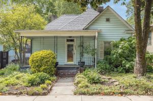 1111 Eleanor St. Knoxville, TN 37917 in Historic 4th & Gill