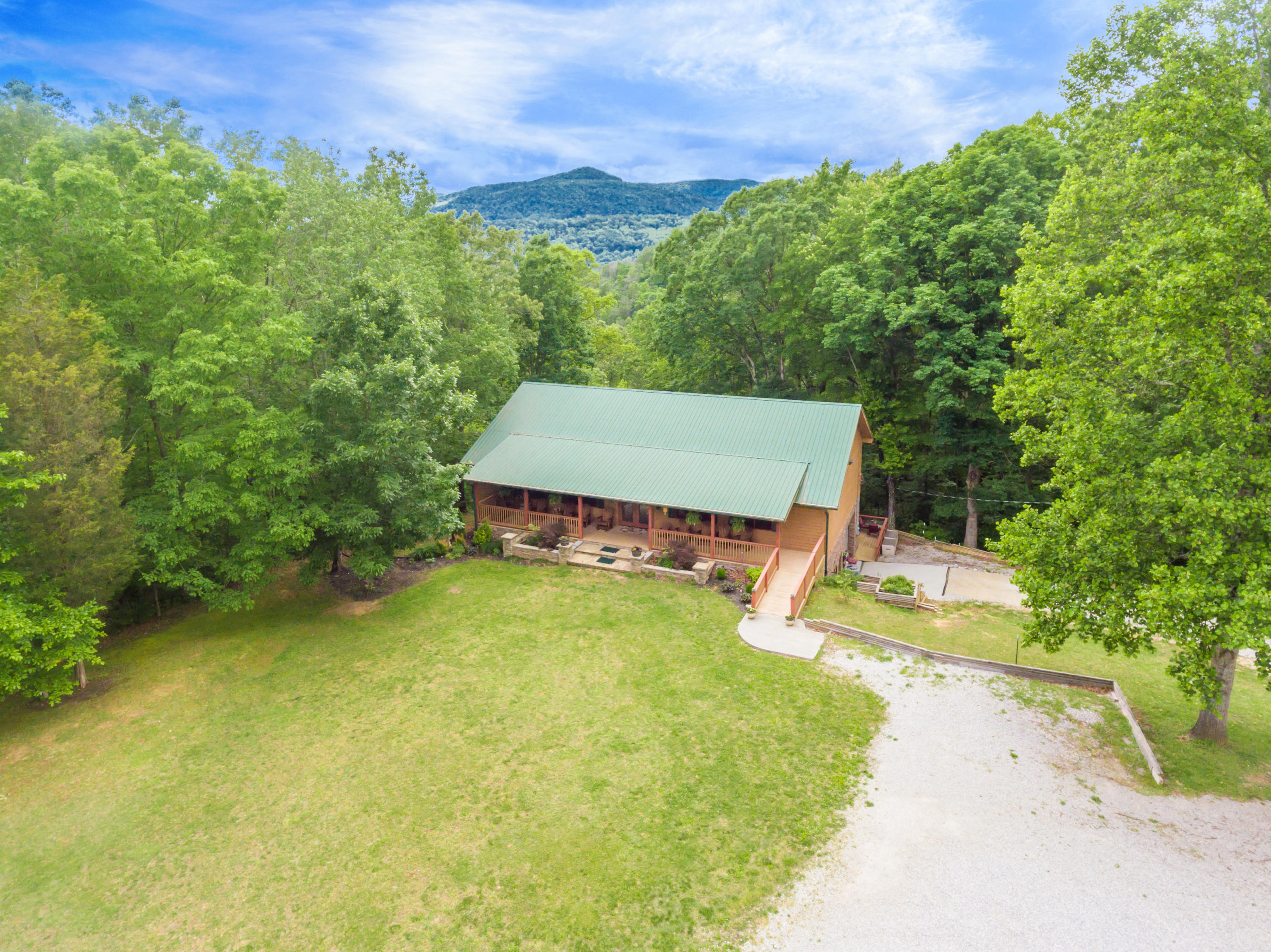 20200430143805098010000000-o Rocky Top anderson county homes for sale