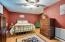Wonderful Downstairs Guest Bedroom