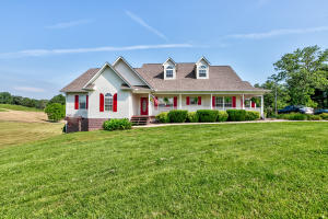 471 Camp Ridge Rd, LaFollette, TN 37766