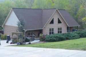 780 Cliffside Rd, Pikeville, TN 37367