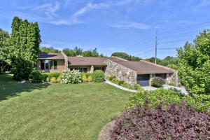 812 W Woodchase Rd, Knoxville, TN 37934