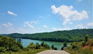 Hidden Lane, LaFollette, TN 37766