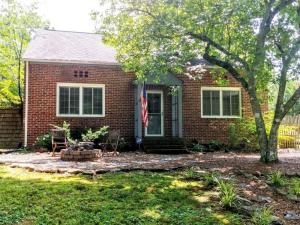 131 Orchard Rd, Norris, TN 37828