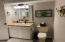 Main Level M Bath