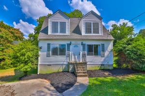 2214 Aster Rd, Knoxville, TN 37918