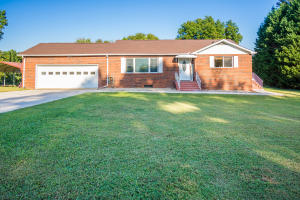 710 E Wheeler St, Rockwood, TN 37854
