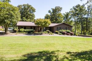2134 Asbury Rd, Knoxville, TN 37914