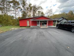 12926 US Highway 119, Pineville, KY 40977