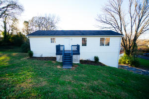 2242 Price Ave, Knoxville, TN 37920