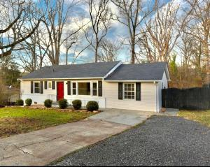 2968 Sevier Ave, Knoxville, TN 37920
