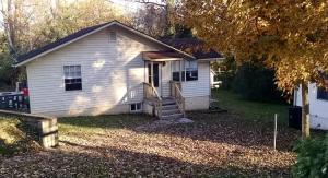 111 Wainwright Rd, Oak Ridge, TN 37830