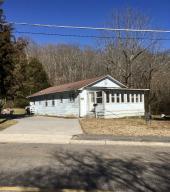 150 Hillside Rd, Oak Ridge, TN 37830