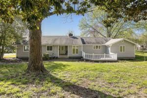100 Pelham Rd, Oak Ridge, TN 37830