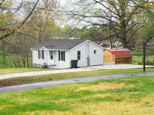 6009 Oak Rd, Knoxville, TN 37912