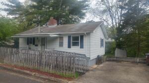 105 Temple Rd, Oak Ridge, TN 37830