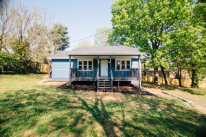 2414 Bradford St, Knoxville, TN 37920