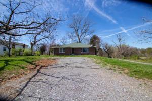 303 Andrew Johnson Hwy, Strawberry Plains, TN 37871