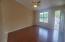 Entry/hardwood floors