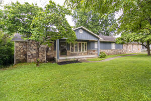 2716 Spencer St, Knoxville, TN 37917