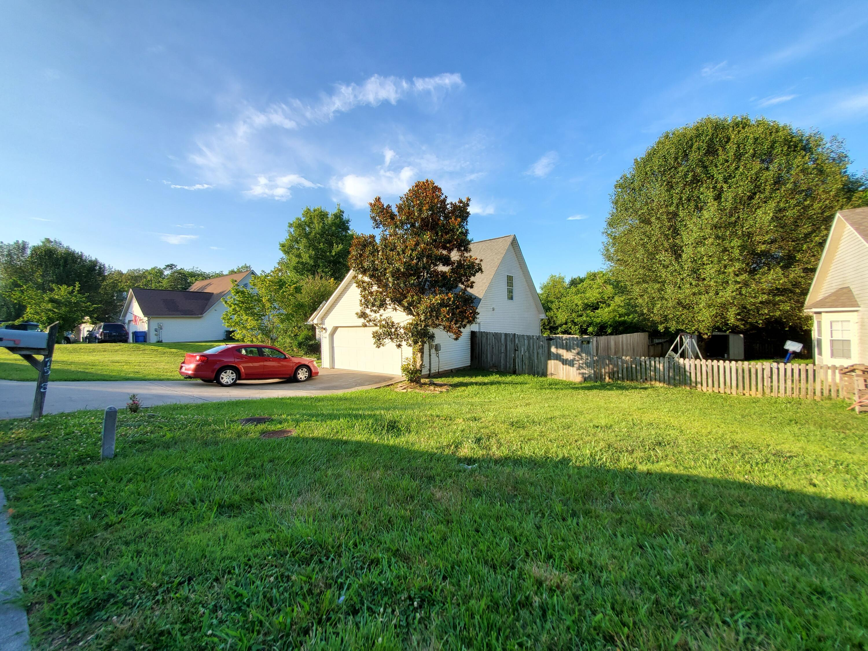 Welcome home to 7548 Applecross Road
