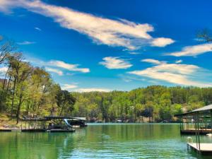 Big Creek Lane, LaFollette, TN 37766