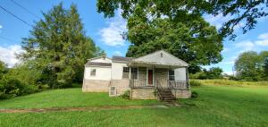3240 Johnson Rd, Knoxville, TN 37931