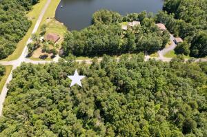N Lake Tr Crossville