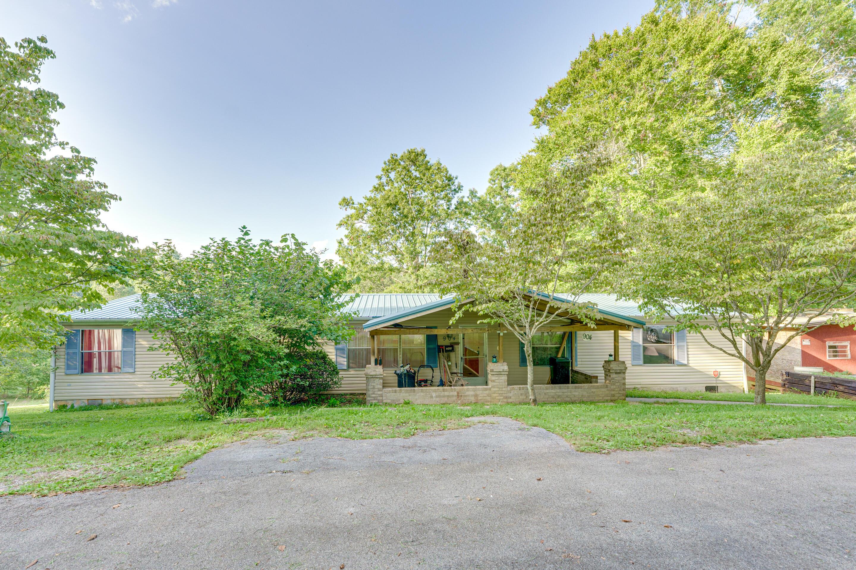 904 Wood View Way, Strawberry Plains, TN 37871