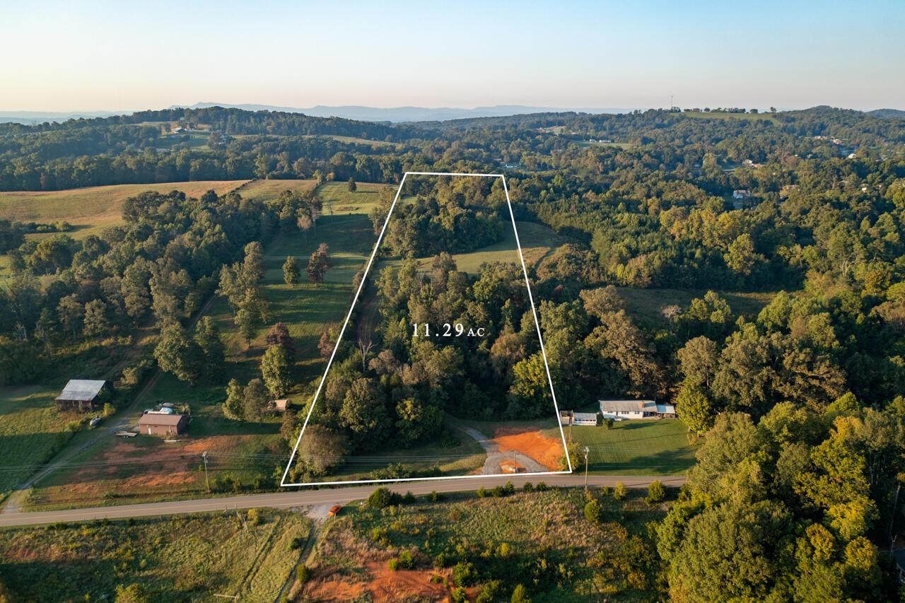 822 Thorngrove Pike, Strawberry Plains, TN 37871
