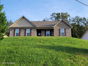 1502 Griffitts Blvd, Maryville, TN 37803