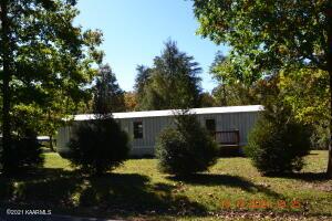 1637 Flynns Cove Rd, Crossville, TN 38572