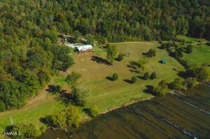 1370 River Ridge Lane, Thorn Hill, TN 37881