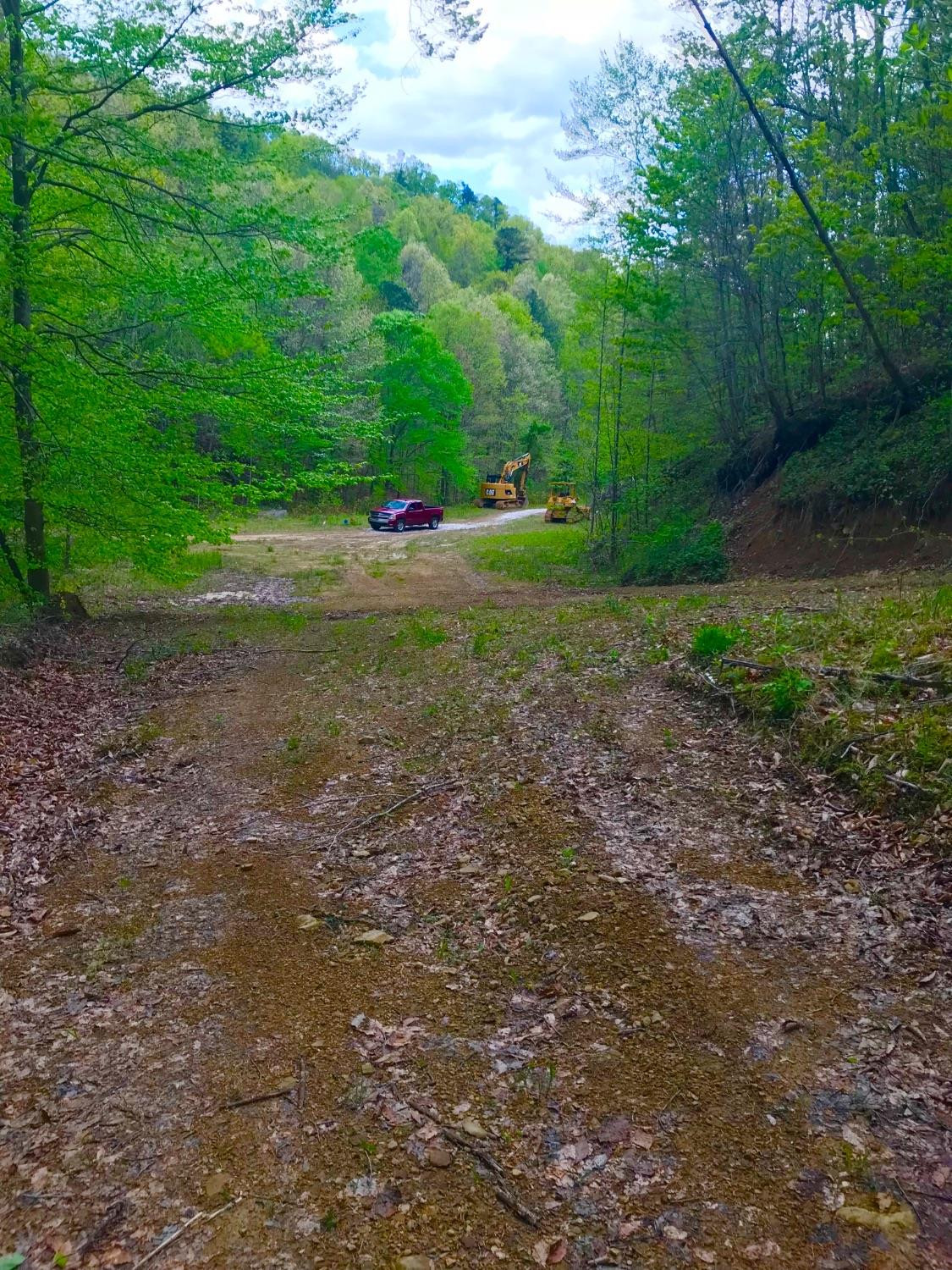1 Pleasant Valley, Morehead, KY 40351